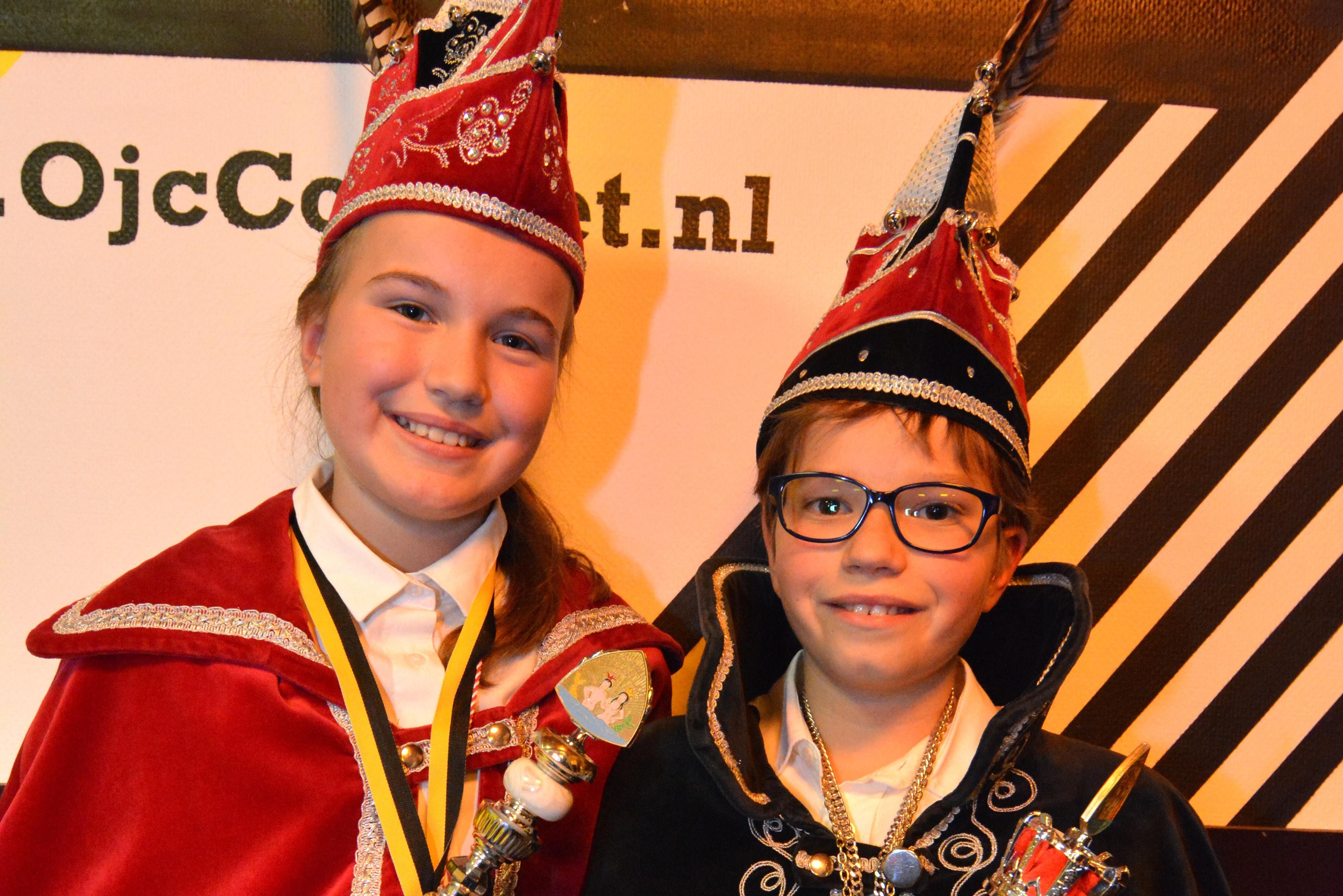 Jeugdprins Kas en Jeugdadjudante Nyree regeren over 't Meerpoeleke